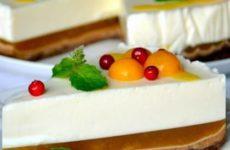 Знаменитый торт с желейной прослойкой и рецепт с фото процессов