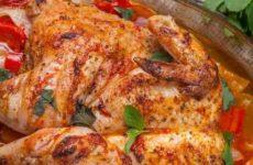 Симбиоз или как готовить курицу в духовке целиком с хариссой и овощами