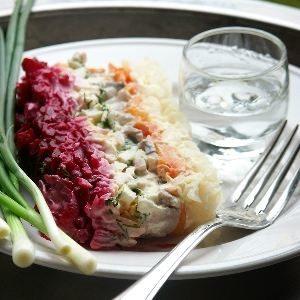 Пролетарский салат: рецепт селедки под шубой и нюансы приготовления