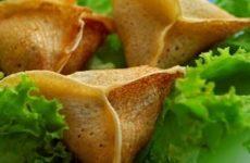 Треуголки или как готовить блинчики с мясом в домашних условиях