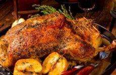 Как лучше замариновать утку для запекания в духовке и рецепт маринада